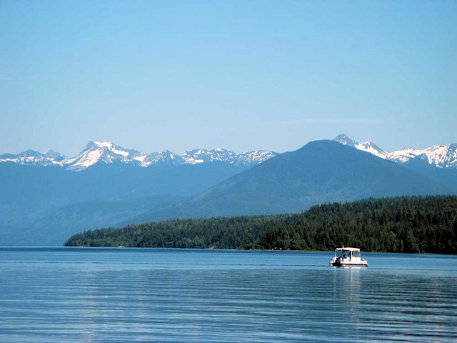 gal-quesnel-lake-08